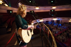 FOR SUNDAY MAIL Singer entertains the crowd as guests arrive. Young Scot Awards 2015, Usher Hall, Edinburgh.. FEE PAYABLE FOR ALL INTERNET USE All money payable:- Mark Anderson Flat 2/2 Glasgow G41 3HG